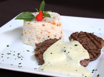 filet-gorgonzola-arroz-alho-01